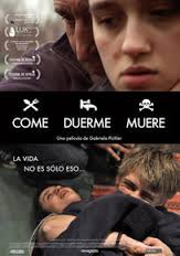 Come, duerme, muere